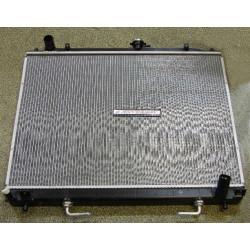 Radiateur Adaptable Pajero 3 et 4 Boite Automatique