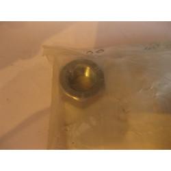 Écrou du Boulon de Réglage du Silentbloc ARRIÈRE de Bras de Suspension Inférieur Avant L400