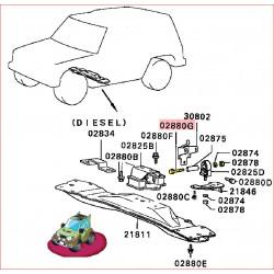 Boulon de l'Entretoise du Silentbloc sur le Coter de la Boite de Transfert Pajero 1 et L200 1